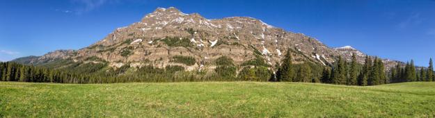Yellowstone, Barronette Peak iPhone Pano