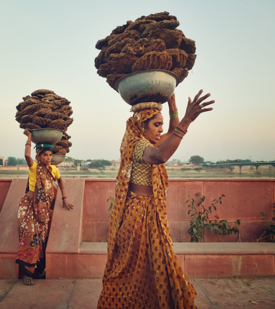 Carrying Cow Patties, Agra India