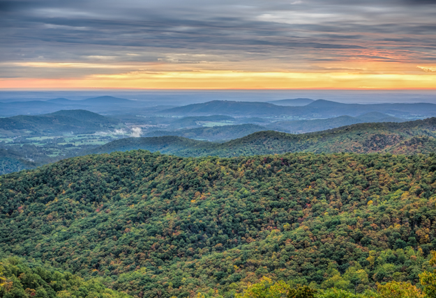 Sunrise at Buck Hollow Overlook, Shenandoah National Park